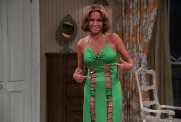Mary Tyler Moore Show Season 5 21 You Try To Be A Nice Guy Green Dress Skin Review Episode Guide List